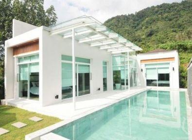 Immobilier tha lande maison villa piscine a d bordement for Piscine a debordement thailande